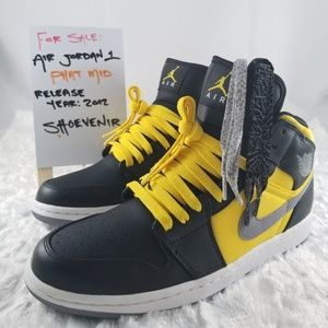 Air Jordan 1 Phat Mid